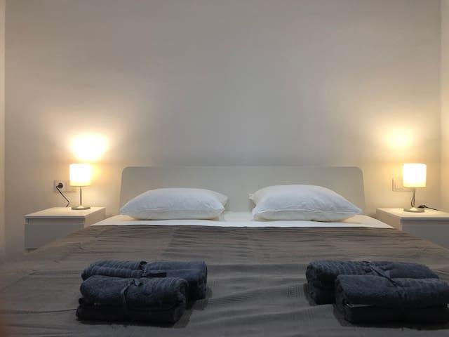 Double room, center BCN near Sagrada Familia