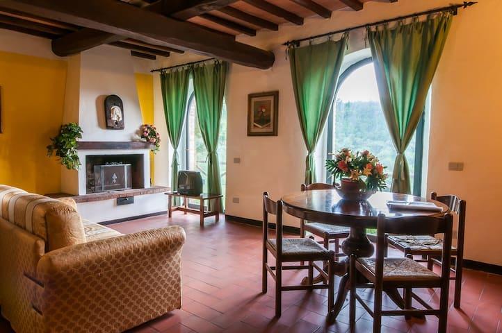 Fattoria Il Lago: splendida fattoria nel Chianti