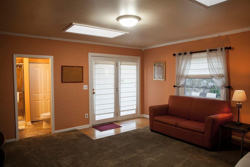 Great lighting with windowed doors and two big skylights.
