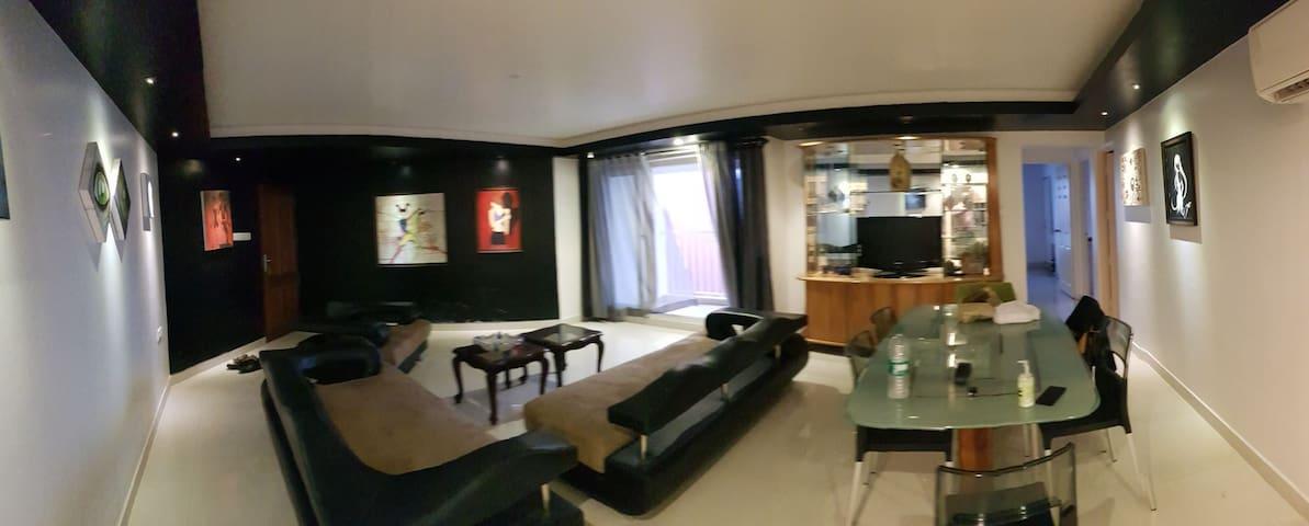 Luxury flat on Marine drive