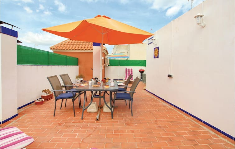 Holiday apartment with 2 bedrooms on 70m² in La Mata