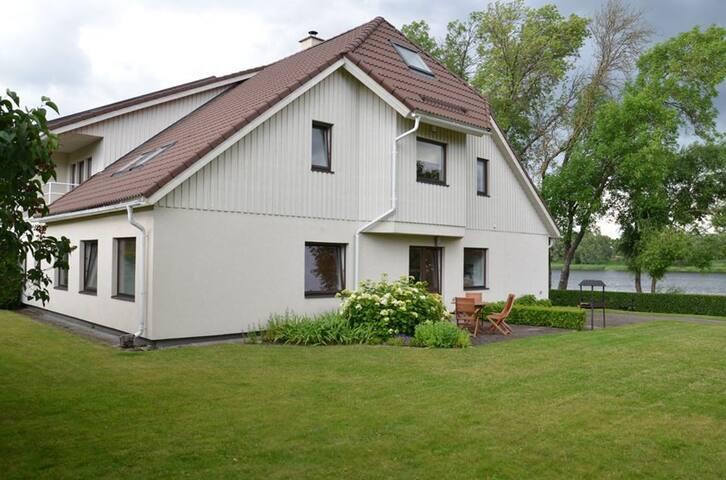 Modern family house by the river :) - Pärnu - House