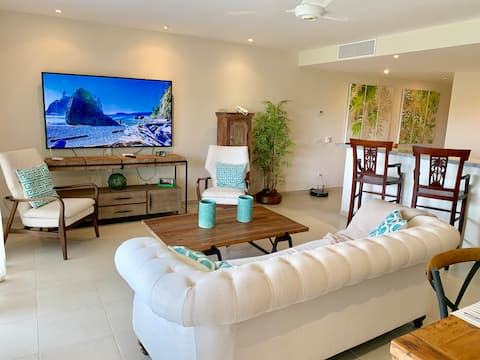 NEW CONDO ON GOLF COURSE WITH PRIVATE CLUB BEACH*