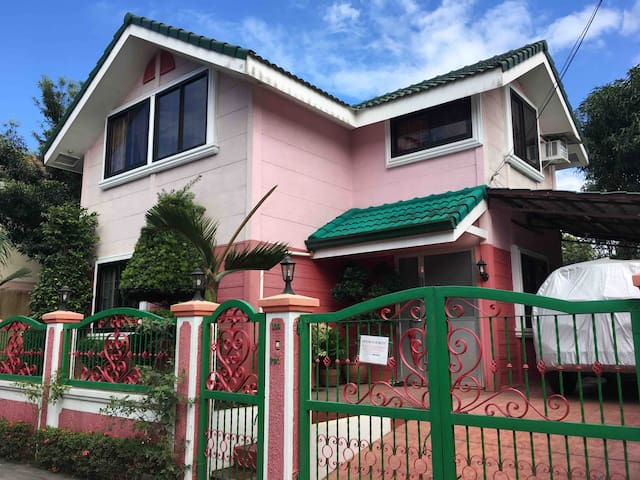 House for Rent & Transient (Sto. Tomas, Batangas)