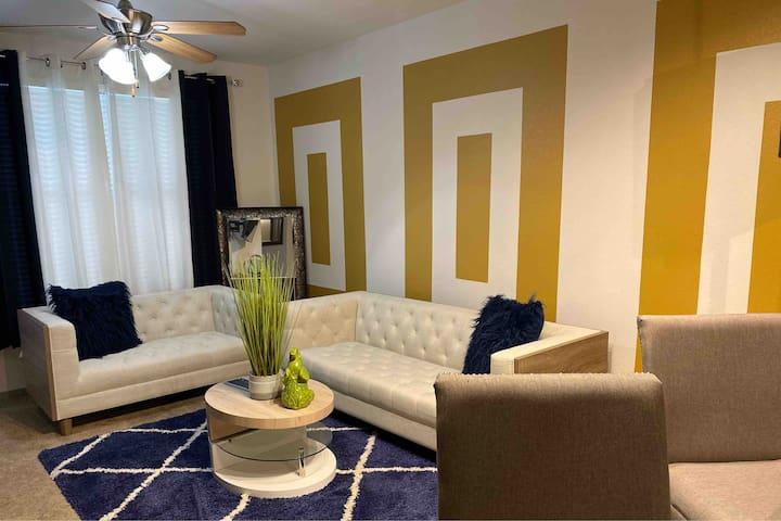 ❤️City Living -Cozy Apartment Close To Everything