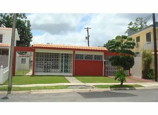 Jasandra House - Cabo Rojo - House