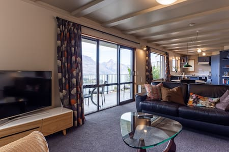 Wakatipu Heights - comfort, views, location.