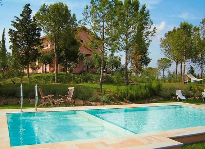 Villa in excellent position with hydro pool, gym - Grosseto - Villa