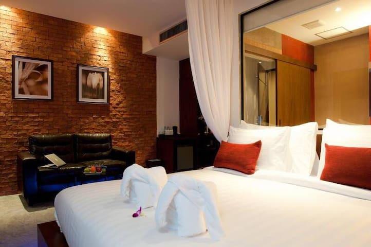 Deluxe room,breakfast,designed hotel room,Patong