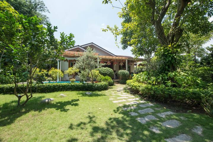 ☘Wooden unique Villa:  Garden,BBQ,Pool,Boutique☘
