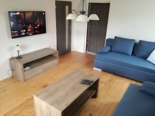 Apartment 180