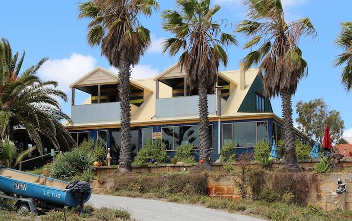 Seamoore Resort House, Guilderton.