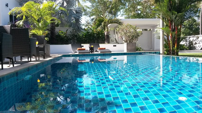 Fantastic @ spacious 4 bedroom SEA VIEW pool villa - Rawai - Casa