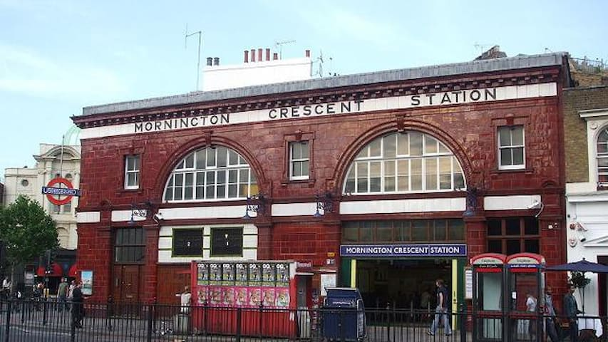 Mornington Crescent station is  2 minutes away.