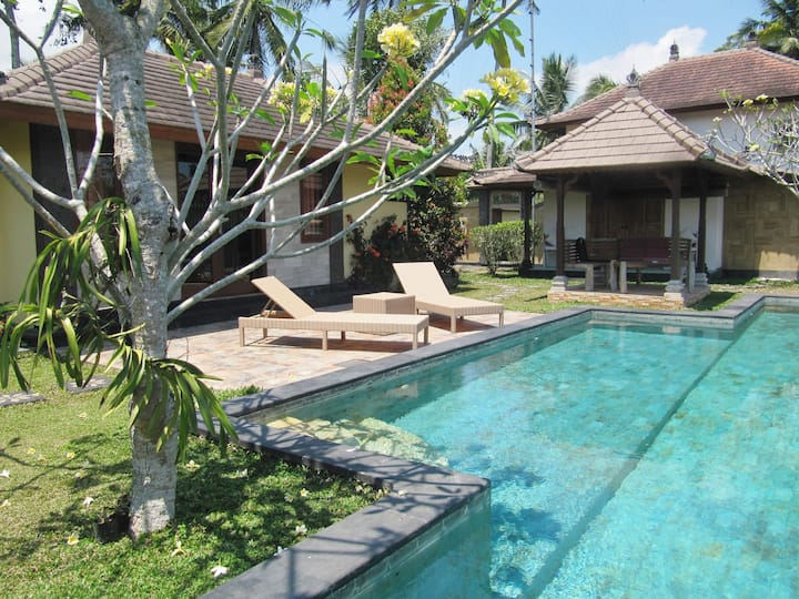 Ubud Home with a View- 2 private bedroom with Pool