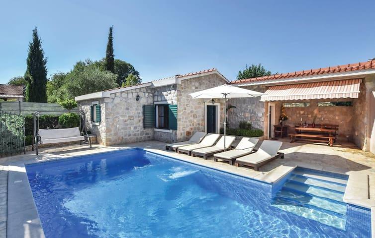 Villa Caelum