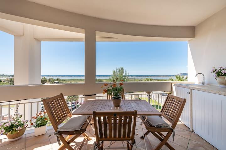 Panorama fantastico sul Golfo degli Angeli.