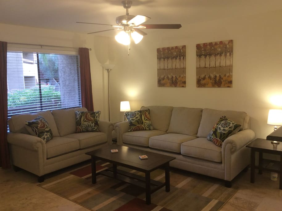 Bright & light spacious livingroom