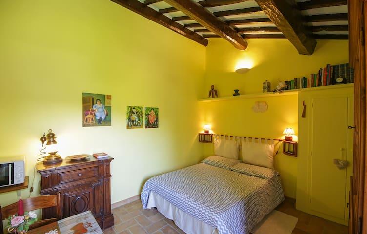 Villa Marina - Il Glicine (indipendent room)