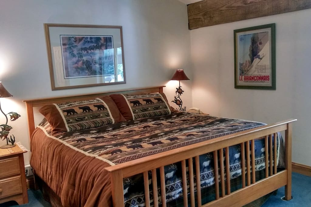 Beaver Creek West Condo P4 Master bedroom with King bed