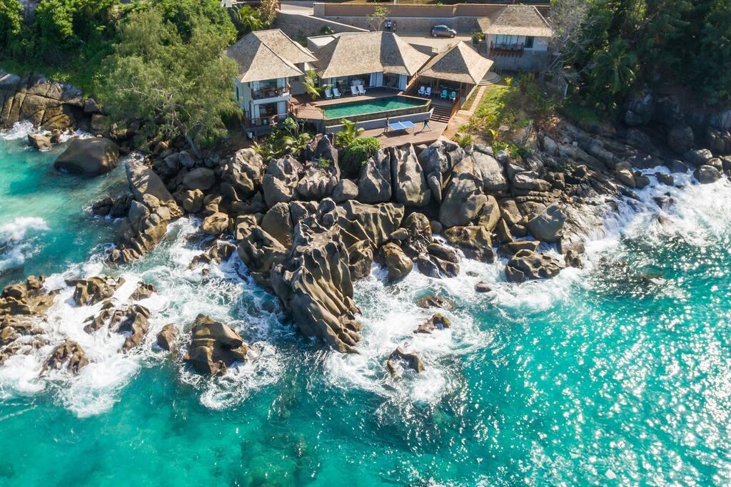 Ocean-view villa