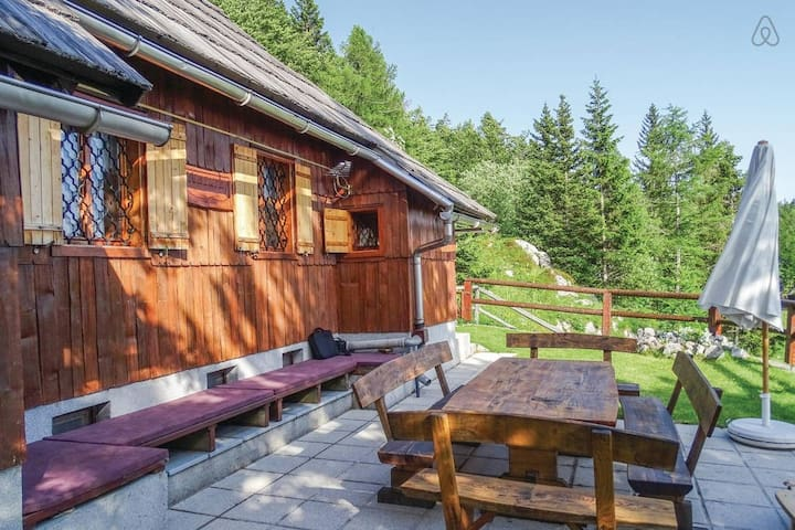 Charming cottage on Velika planina