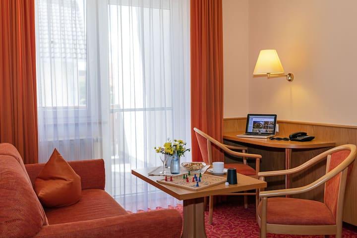 Gasthof - Hotel zum Ochsen, (Berghülen), Familienzimmer mit Dusche und WC