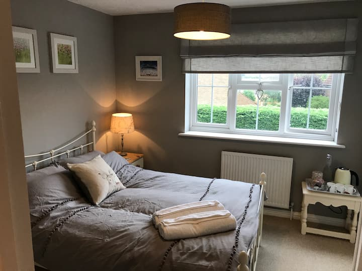 Comfy & Welcoming ~ Close to Oxford & Cotswolds