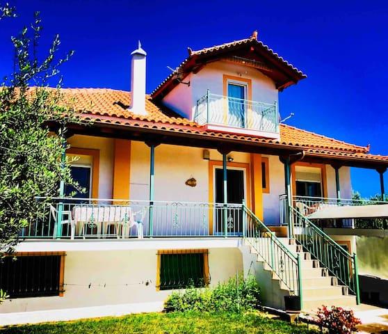 Villa Deseo - modern sea-view house