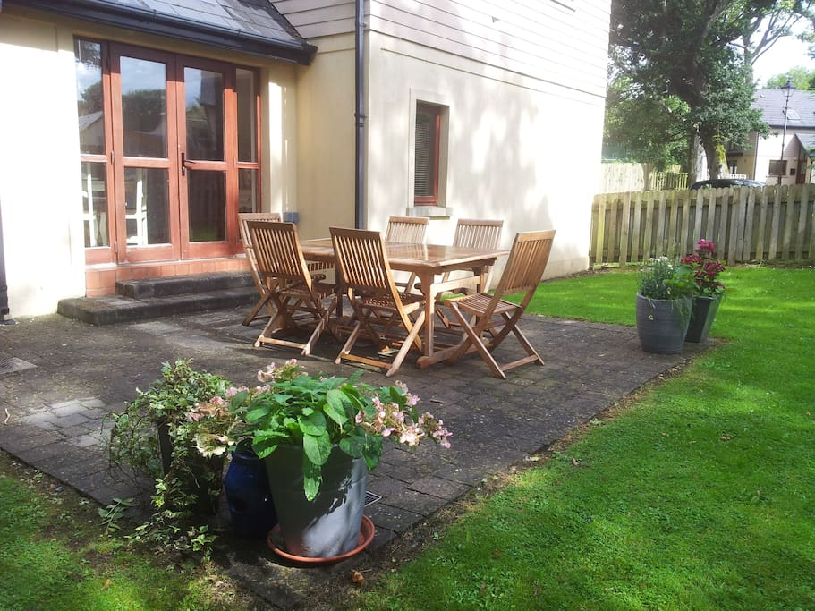 Private Enclosed Rear Garden, surrounded by woodland, No.19 Willow Wood, Faithlegg Estate