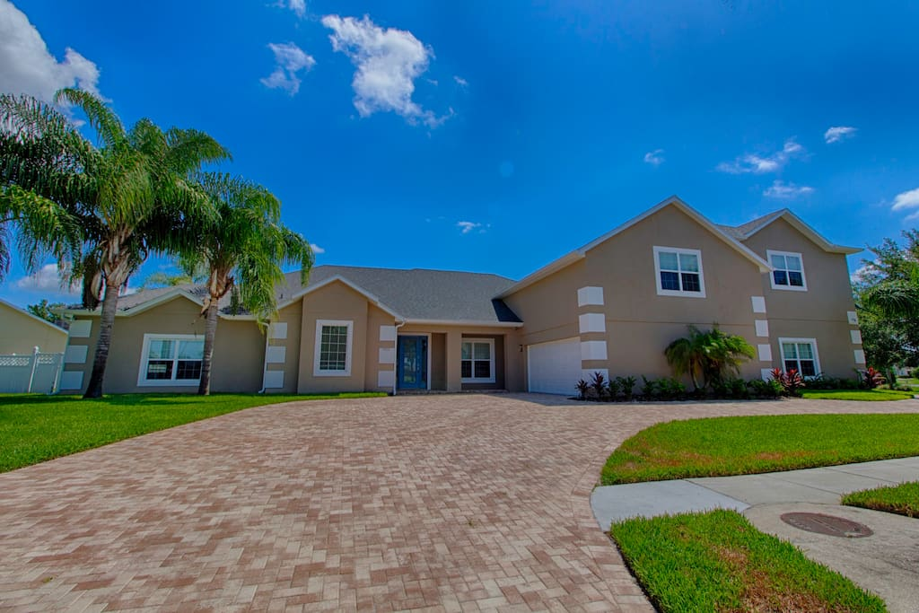 Atlantis The Ultimate Disney Vacation Home Houses For Rent In Kissimmee Florida United States