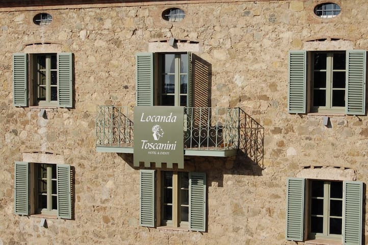Cetona Boutique Bed & Breakfast in Tuscany