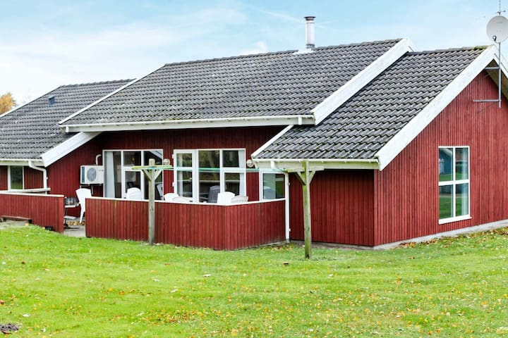 Amazing Holiday Home in Nordborg with Swimming Pool