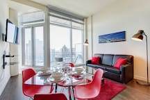 3905 V · SUPERIOR CONDOMINIUM WITH GREAT CITY VIEWS 2