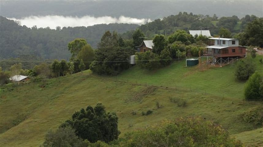 Romantic private luxury cottages - Maleny - Blockhütte