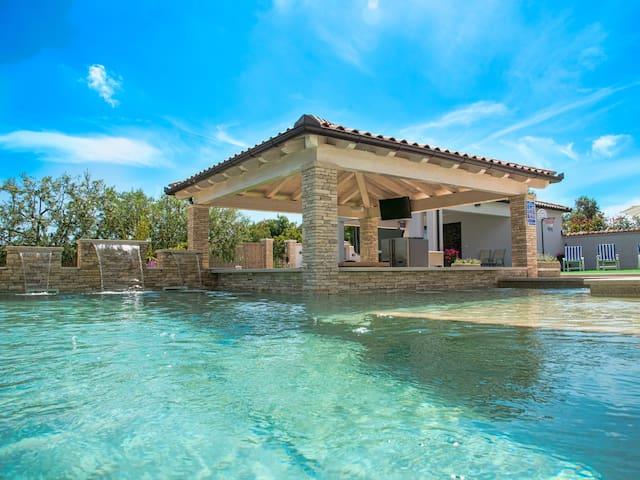 Pool-Bar Villa Vodnjan - Seaview - SPA - Vodnjan - Villa