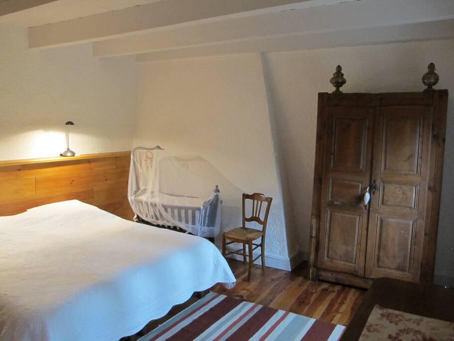 chambre 1 lit en 180