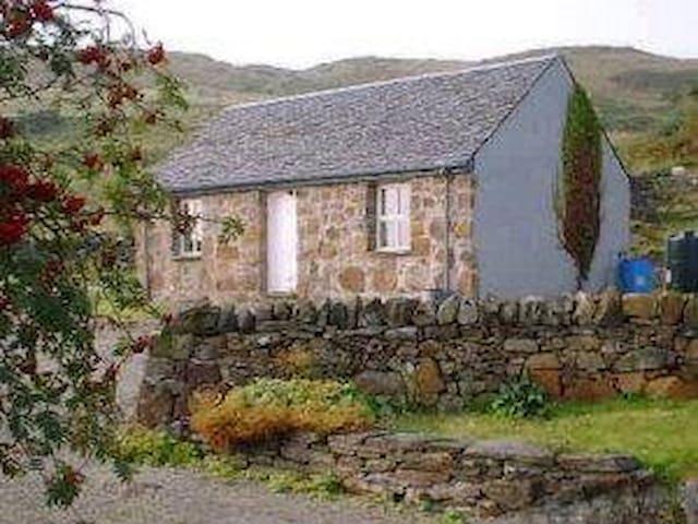 Oban Seil Bothy on Isle of Seil
