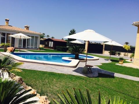 Susana Hills piscina, jardín, parking y Wifi