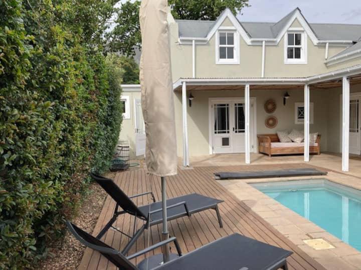 Self-catering cottage in Franschhoek
