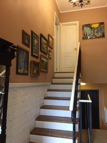 Лестница в наше жилье