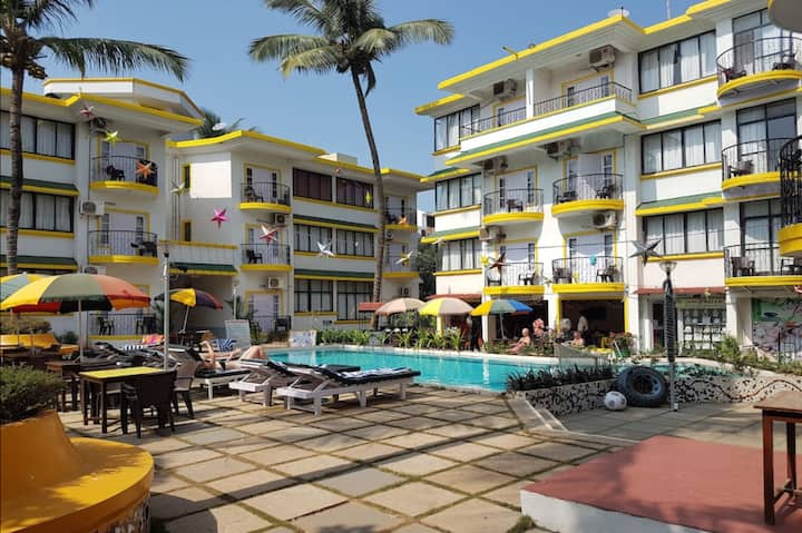 Comfy 1BHK Apartment With Pool Calangute Beach