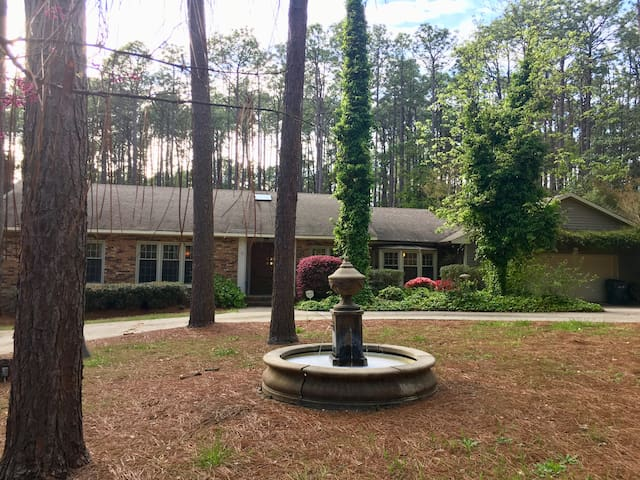 Lovely Home in Southern Pines with a Pool