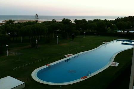 Apartamento 2 hab., piscina,parking - Laguna de El Portil - Flat