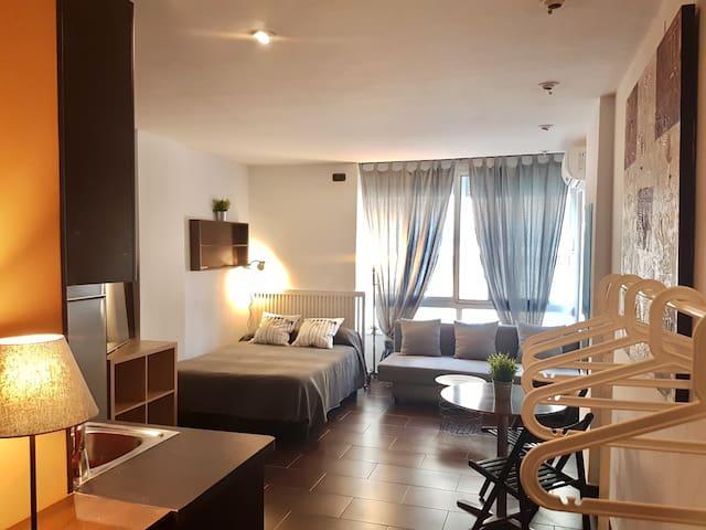 Bonito Apartamento en Torremolinos Málaga. Piscina