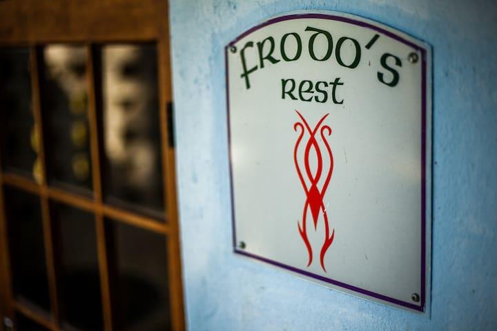 Frodo - Private En Suite Bedroom