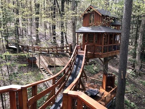 Willkommen im magischen Chez 'Tree Rest Treehouse!