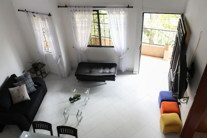 Your own house in Poblado. Close to metro station