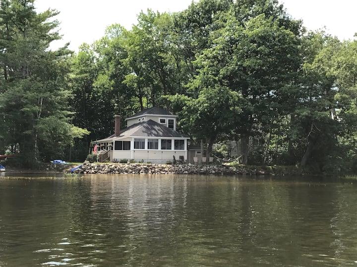 Lakefront Taylor Pond Cottage in Auburn.