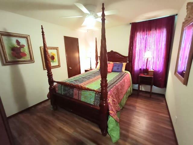 #3 BOHO FESTIVAL room: Queen Bed, walk-in closet